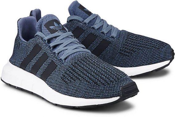 Adidas Swift Run: Running shoes