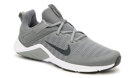 Nike Legend Essential: Running Shoes